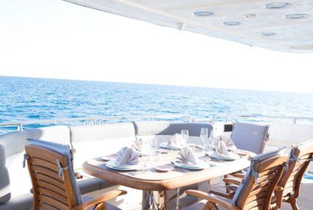 albator 2 aft deck table (3) min -  Valef Yachts Chartering - 0606