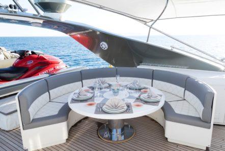 albator 2 table sundeck jetski (6) min -  Valef Yachts Chartering - 0597
