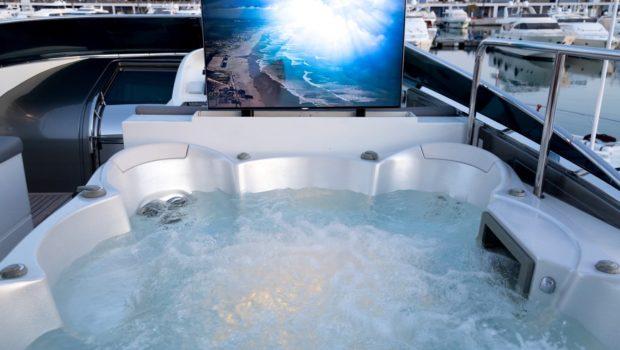 albator s jacuzzi television (2) min -  Valef Yachts Chartering - 0596