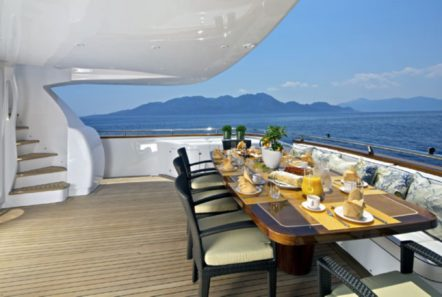 marnaya motor yacht aft dining min -  Valef Yachts Chartering - 0512