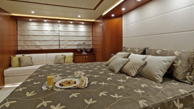 marnaya motor yacht bed (1) min -  Valef Yachts Chartering - 0530