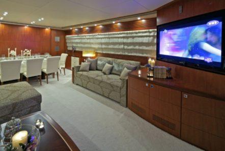 marnaya motor yacht salon2 min -  Valef Yachts Chartering - 0504