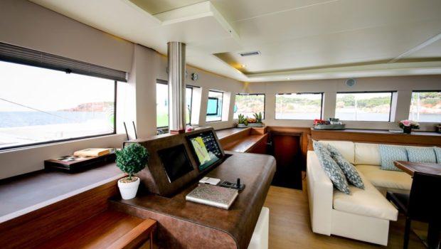 valium catamaran salon (2) min -  Valef Yachts Chartering - 0545