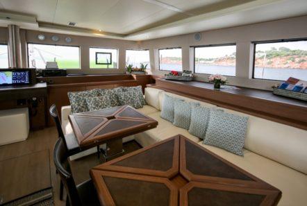 valium catamaran salon (3) min -  Valef Yachts Chartering - 0544