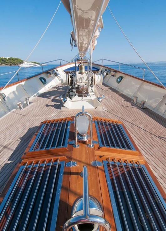 conrad malcolm miller sailing yacht fore min -  Valef Yachts Chartering - 0325