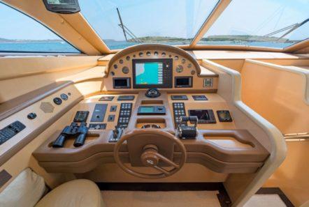 lettouli iii motor yacht cockpit min -  Valef Yachts Chartering - 0387