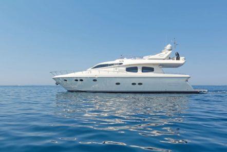 lettouli iii motor yacht exteriors (3) min -  Valef Yachts Chartering - 0380