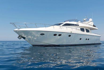 lettouli iii motor yacht exteriors (4) min -  Valef Yachts Chartering - 0379