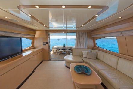 lettouli iii motor yacht salon (1) min -  Valef Yachts Chartering - 0360