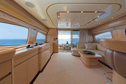 lettouli iii motor yacht salon (3) min -  Valef Yachts Chartering - 0358