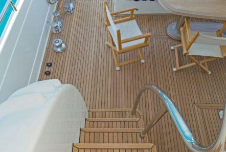 lettouli iii motor yacht sundeck (1) min -  Valef Yachts Chartering - 0351