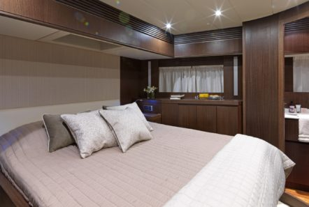 ruby motor yacht double (1) min -  Valef Yachts Chartering - 0345