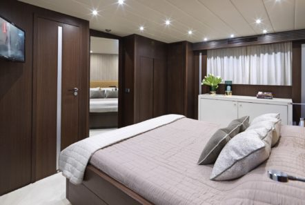 ruby motor yacht double (3) min -  Valef Yachts Chartering - 0343
