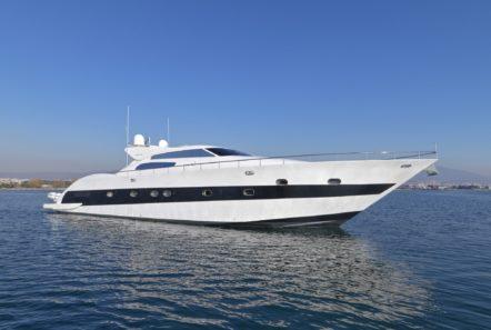 ruby motor yacht exteriors (4) min -  Valef Yachts Chartering - 0339