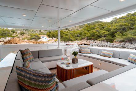 jaz motor yacht aft deck (2) min -  Valef Yachts Chartering - 0135