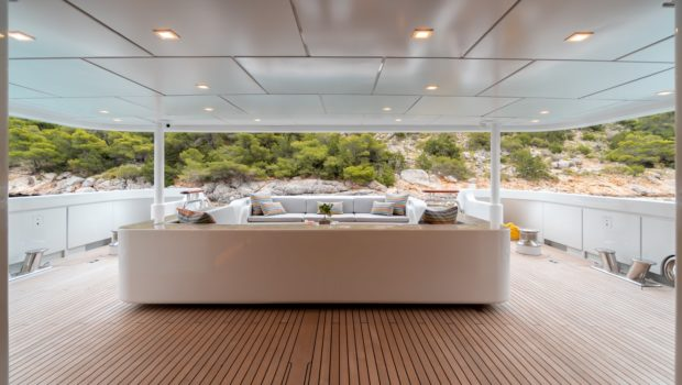 jaz motor yacht aft deck (3) min -  Valef Yachts Chartering - 0134