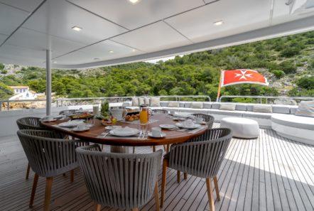 jaz motor yacht aft deck (4) min -  Valef Yachts Chartering - 0133
