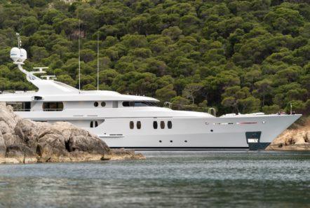 jaz motor yacht at bay (3) min -  Valef Yachts Chartering - 0159