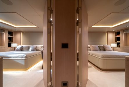 jazz motor yacht cabins baths (10) min -  Valef Yachts Chartering - 0141