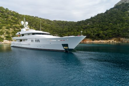 jazz motor yacht exteriors (11) min -  Valef Yachts Chartering - 0122