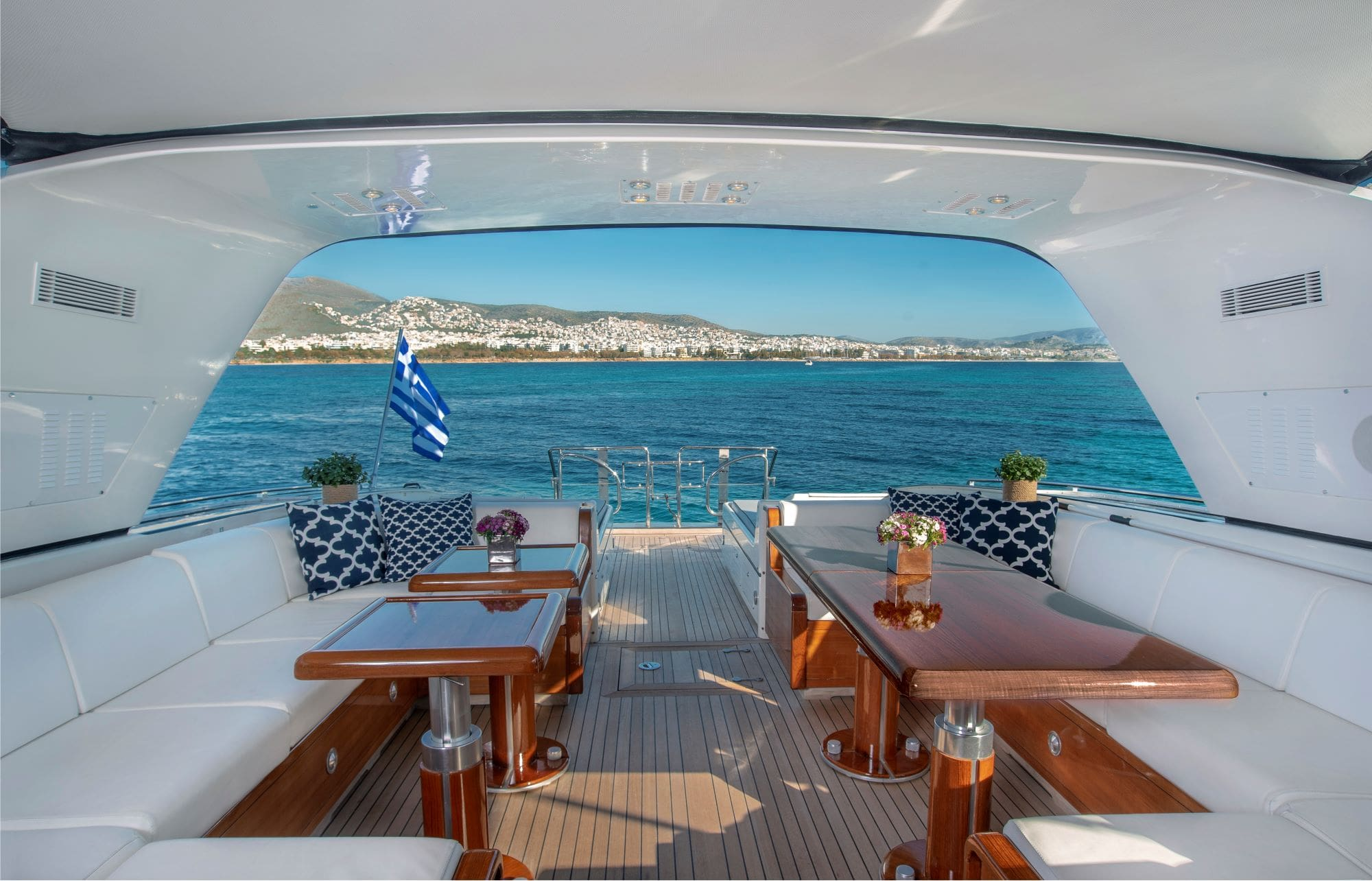 turn on motor yacht aft (2) -  Valef Yachts Chartering - 0175