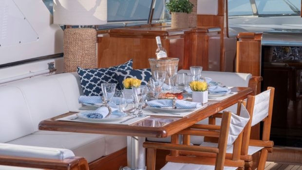 turn on motor yacht aft table (6) -  Valef Yachts Chartering - 0167