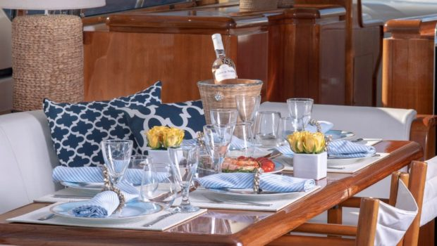 turn on motor yacht aft table (7) -  Valef Yachts Chartering - 0166