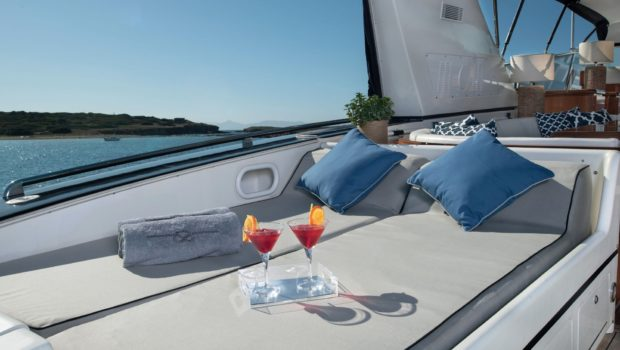 turn on motor yacht sun loungers (1) -  Valef Yachts Chartering - 0183