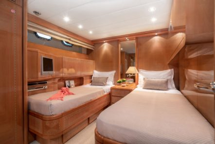 turn on motor yacht twin cabins (2) -  Valef Yachts Chartering - 0179