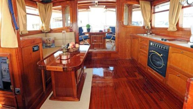 aegeas motor sailer salon (1) -  Valef Yachts Chartering - 0096
