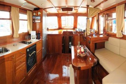 aegeas motor sailer salon (2) -  Valef Yachts Chartering - 0095