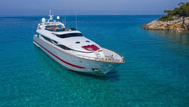glaros motor yacht bow ext min -  Valef Yachts Chartering - 0028