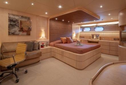 glaros motor yacht master (1) min -  Valef Yachts Chartering - 0021