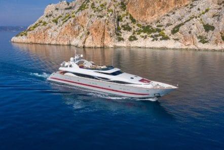 glaros motor yacht running min -  Valef Yachts Chartering - 0047