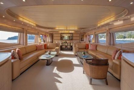 glaros motor yacht salon (1) min -  Valef Yachts Chartering - 0046