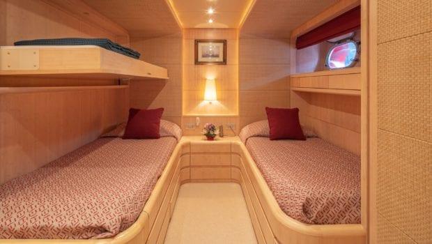 glaros motor yacht twins (1) min -  Valef Yachts Chartering - 0038