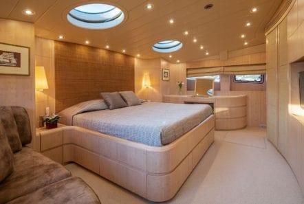 glaros motor yacht vip min -  Valef Yachts Chartering - 0036