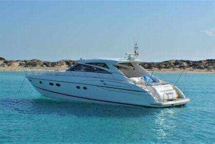 aurelia motor yacht profile (2) min -  Valef Yachts Chartering - 0010