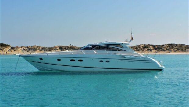motor yacht Aurelia profile