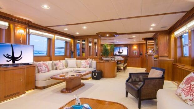 Suncoco-motor-yacht-salon (2)-min