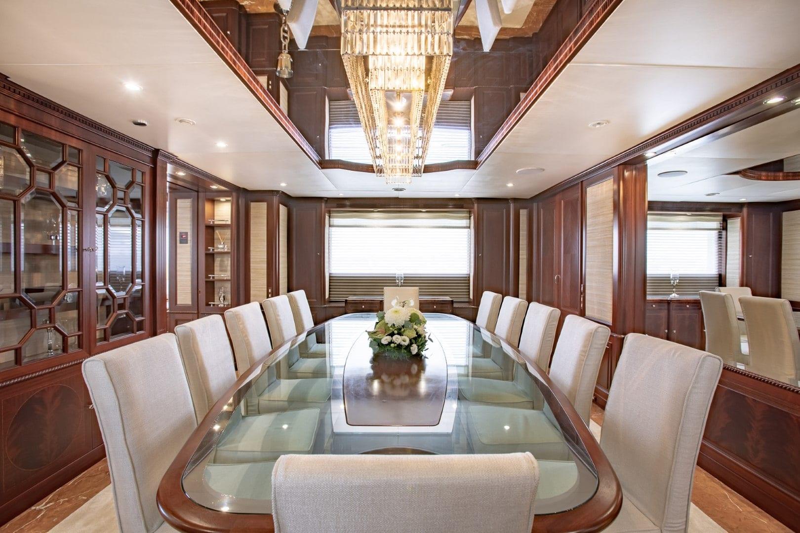 akira-one-motor-yacht-dining-main-salon (2)