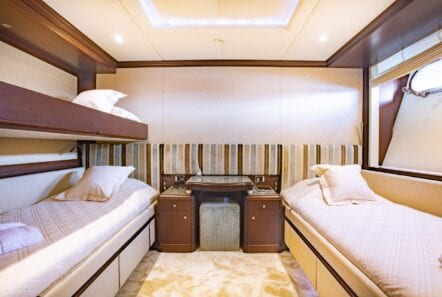 akira-one-motor-yacht-twin-cabin-pink-lower-deck