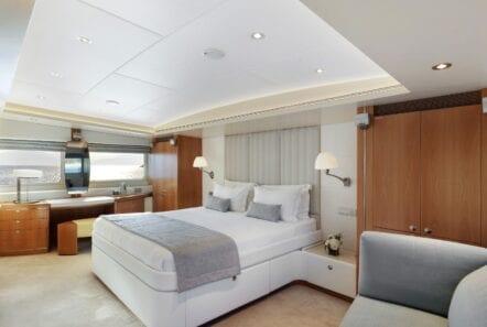 alma-motor-yacht-master (1)-min