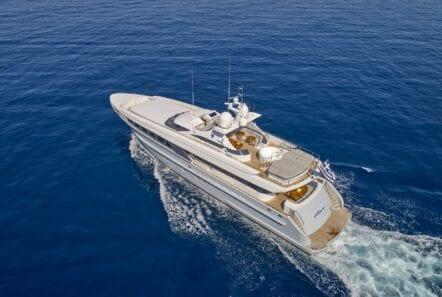alma-motor-yacht-profile (2)-min