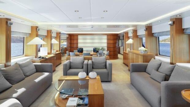 alma-motor-yacht-salon (2)-min