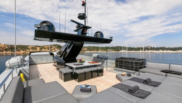 mado-motor-yacht-exterior (7)