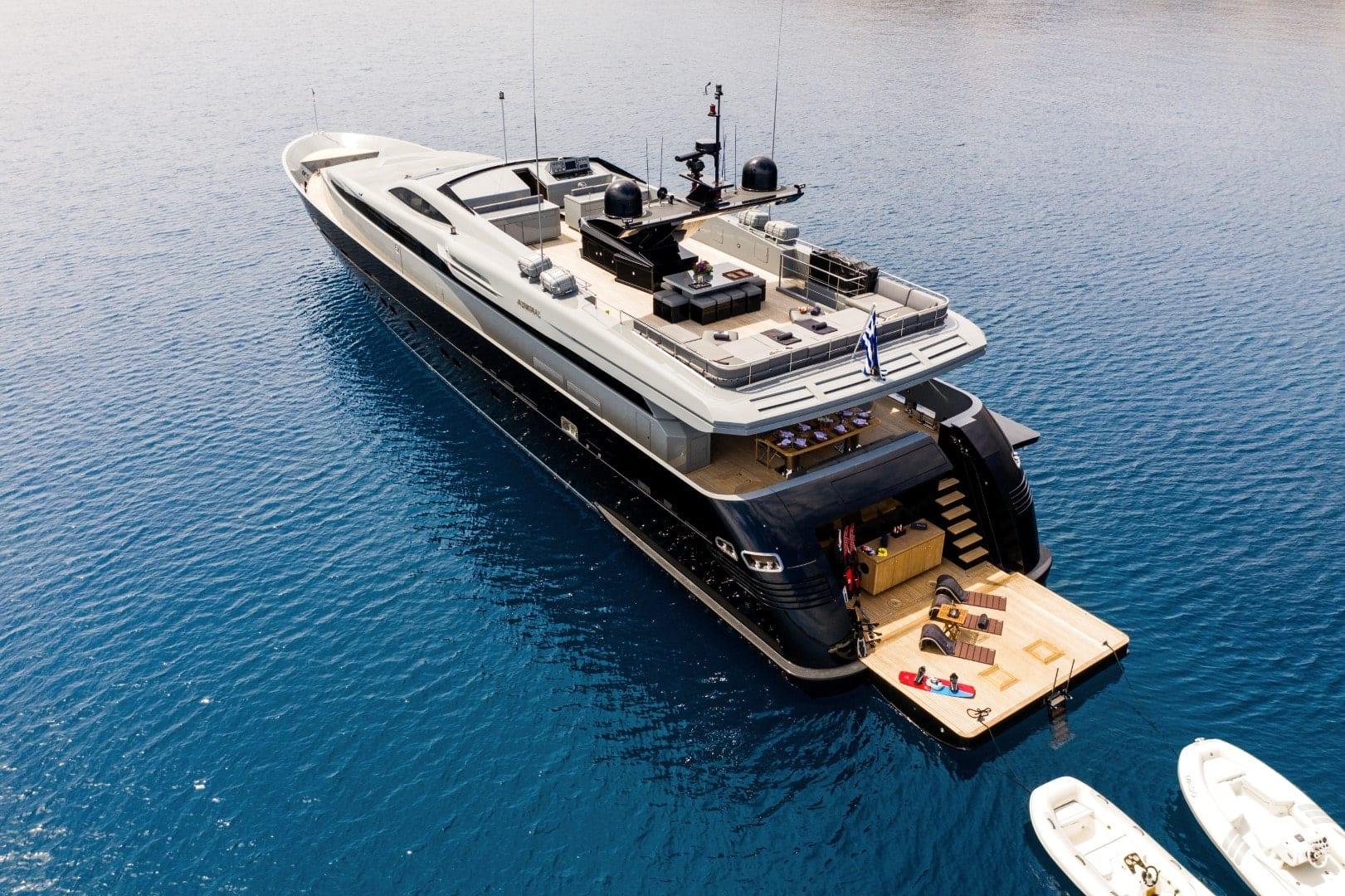 mado-motor-yacht-exterior-profiles (1)