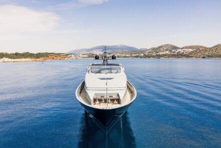 mado-motor-yacht-exterior-profiles (3)
