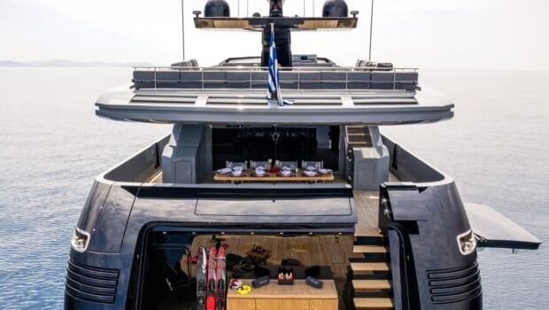 mado-motor-yacht-exterior-profiles (9)