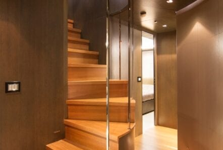 mado-motor-yacht-stairs